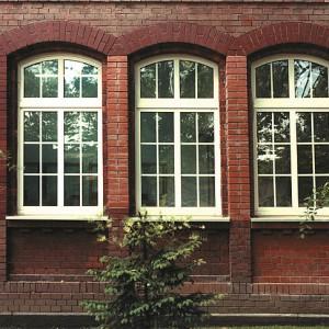 Okna PCV łukowe