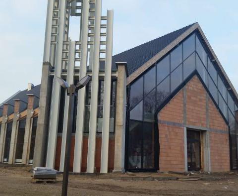 Fasada aluminiowa Kościół w Sremie