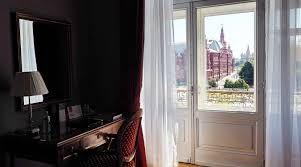 jakie drzwi balkonowe wybrać