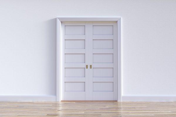 plastikowe drzwi